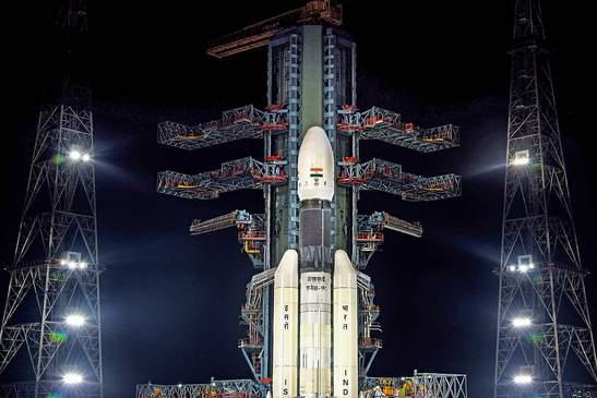 मिशन चन्द्रयान-2 ! उड़ा गगन की ओर