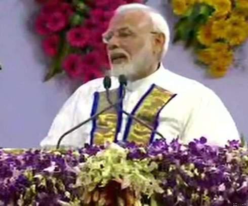 दीक्षांत समारोह ! प्रधानमंत्री ने छात्रों से किया भारत को याद रखने का आह्वान