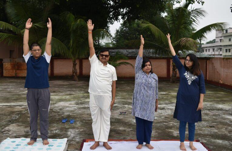 अन्तरराष्ट्रीय योग दिवस – जनपदवासियों ने योग का किया अभ्यास