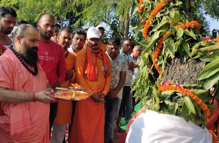 महाप्रसाद के साथ सम्पन्न हुआ आध्यात्मिक महोत्सव,उपमुख्यमंत्री के न आने से नाराज दिखे लोग
